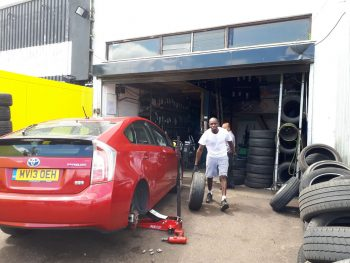 PCO UBER DRIVERS WELCOME tyre repairs 10% discount by Deals on Tyres Ltd. 2